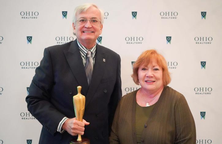 Jeff Owens honored with the 2021 Ohio REALTORS Distinguished Service Award (DSA)