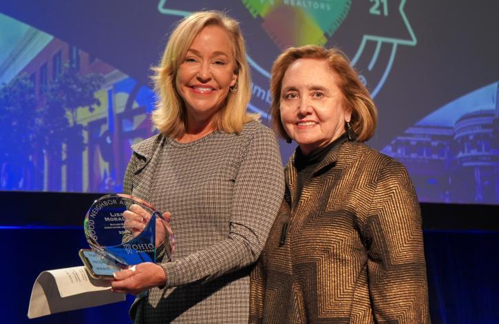 Lisa Morales receives Ohio REALTORS 2021 Good Neighbor award