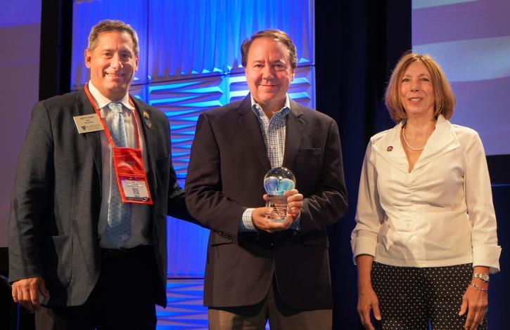 Ohio REALTORS honors  Ohio Business Roundtable's Pat Tiberi with the Association's 'Public Service Award'